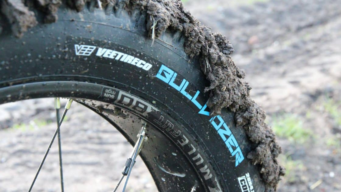 Vee Tire Bulldozer Reifen im Test