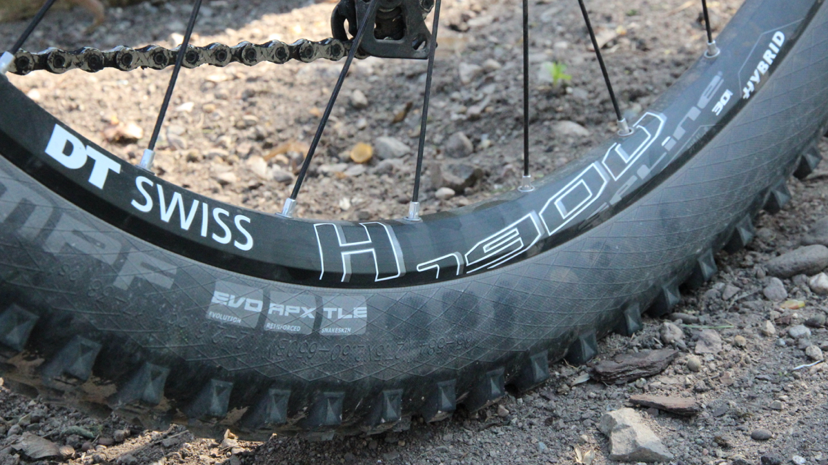 H1900 Spline DT Swiss Felgen